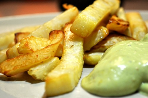 Sellerie-Pommes mit Avocado-Mayonaise